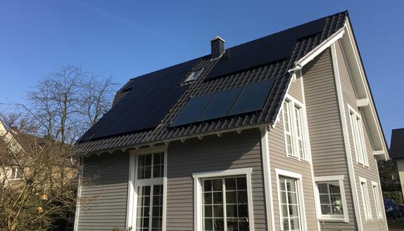 haus-solarpanel-cesolar