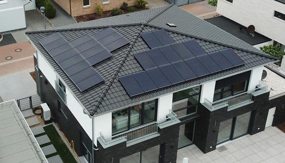 dach-solar-panel-villa-cesolar