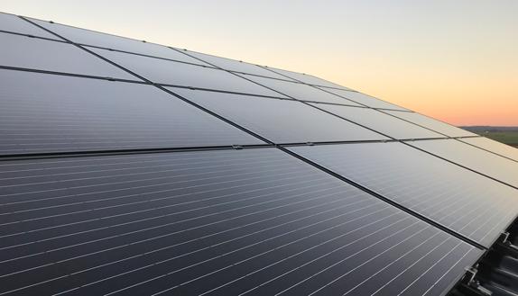 solar-panel-sonnenuntergang-cesolar